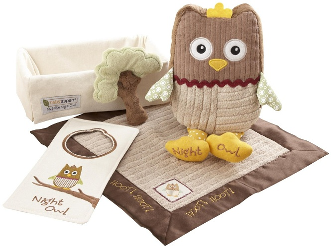 """Baby's First Christmas Gift Ideas: Baby Aspen """"My Little Night Owl"""" 5-Piece Baby  Gift Set - Baby's First Christmas Gift Guide - Frugal Fanatic"""